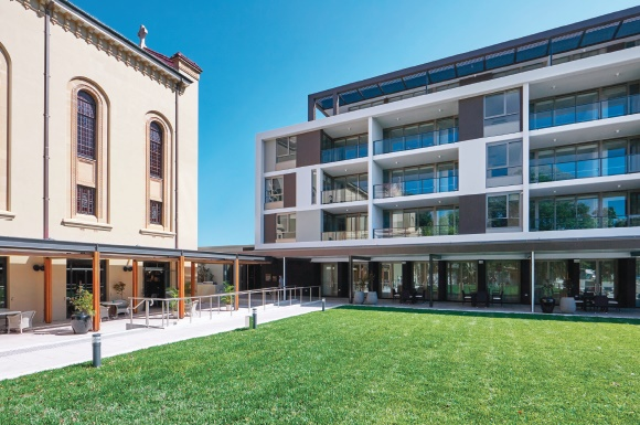 stockland lendlease and aveo control about 30pc of the australian retirement village market